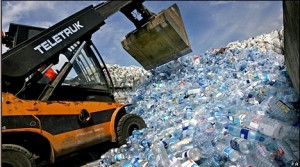 Image from http://www.cleanwaterflorida.com/why-safe/water-bottle-ban/